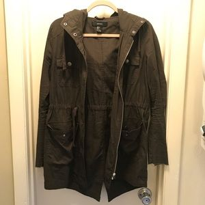 Dark olive lightweight jacket